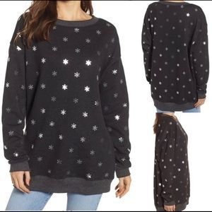NEW WILDFOX Shimmery Snowflakes Road Trip Pullover